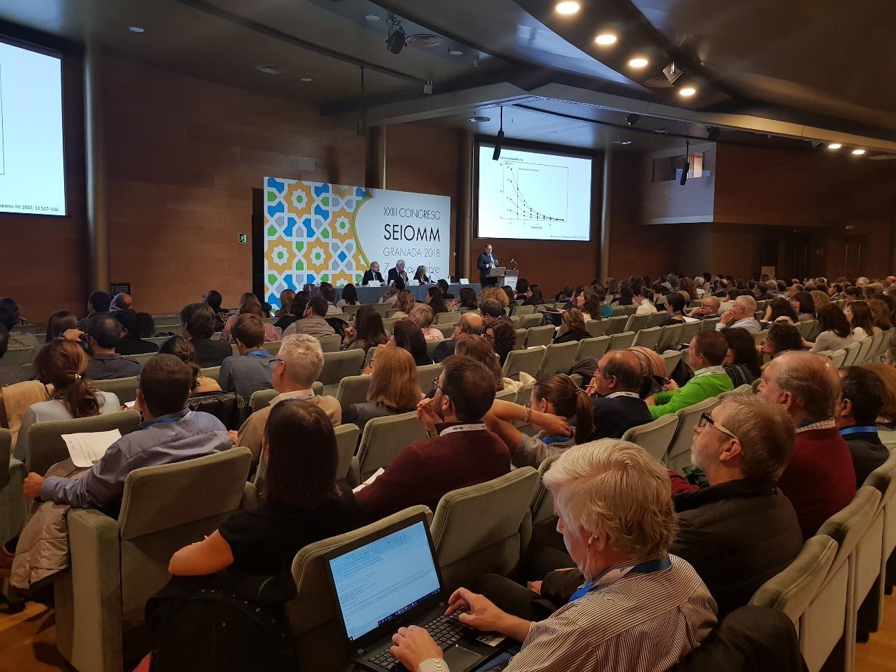 Salas llenas y máximo interés de los asistentes en los ponentes, la imagen del XXIII Congreso.